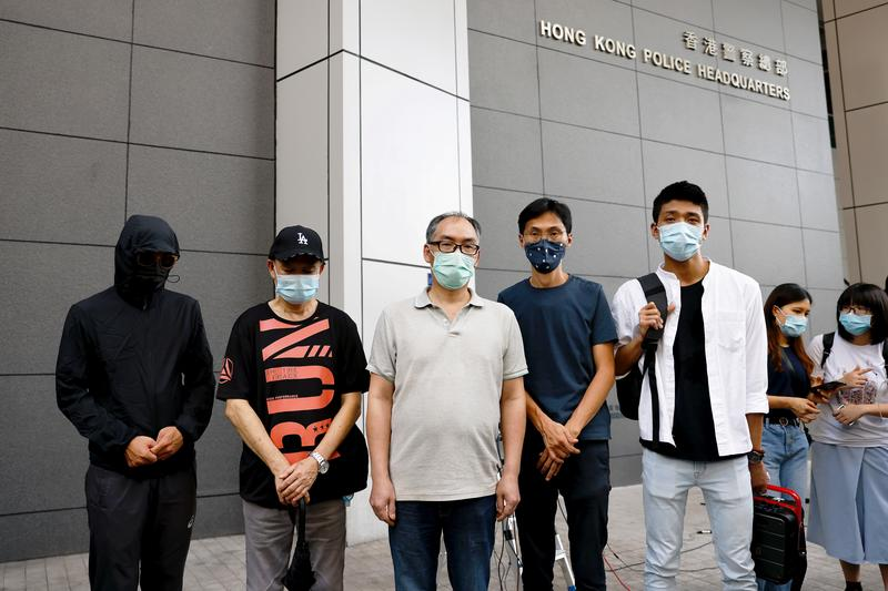 Relatives of 12 Hong Kong people arrested by China demand access for own lawyers https://t.co/AK9j80Il6D https://t.co/iJZiwPWlCX