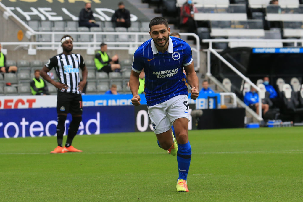 HALF TIME: Newcastle 0-2 Brighton.   Two early goals from Neal Maupay have the Seagulls in control at the break.   LIVE: https://t.co/KBIkV4i7yR #NEWBHA https://t.co/Q7jDGljofE