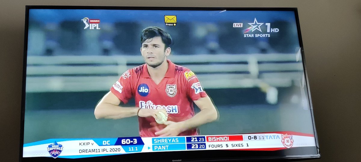 The projected score looks 107 😳. The way #KXIP have built up the pressure, looks like it's going to be tough day for #DelhiCapitals.  #KXIPvsDC #Dream11IPL #IPL2020 https://t.co/PdpKIQygXB