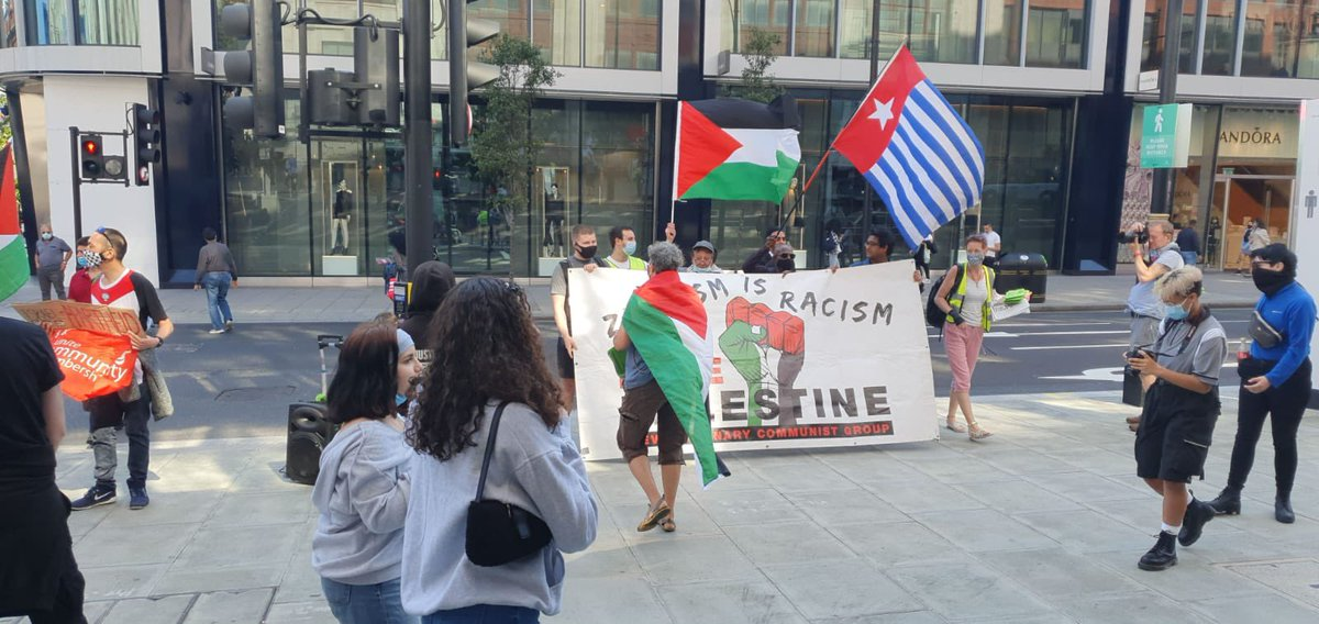 The racist #antisemites were out in force today outside M&S #London All photos by Eye on #antisemitism https://t.co/m5DS4kn0m4