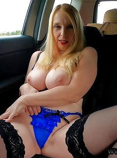 2 pic. Join me for the latest antics at https://t.co/NHf4j0DlEV car flash #lingerie #milf #flash #tease