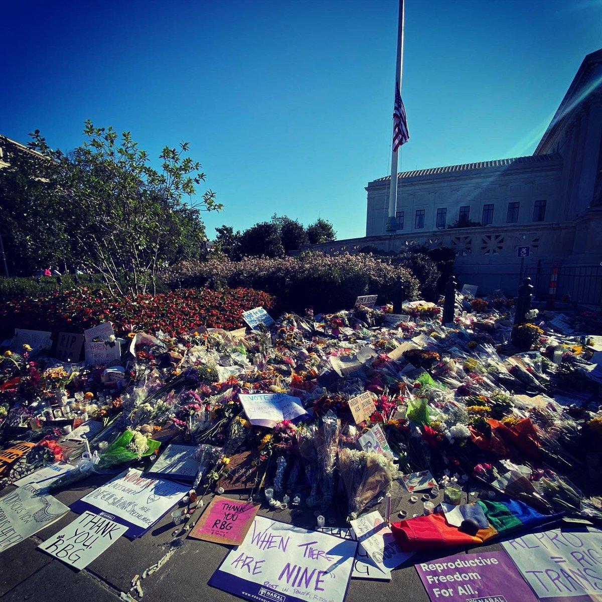 Sunday morning at the US Supreme Court https://t.co/ExotbPxORt