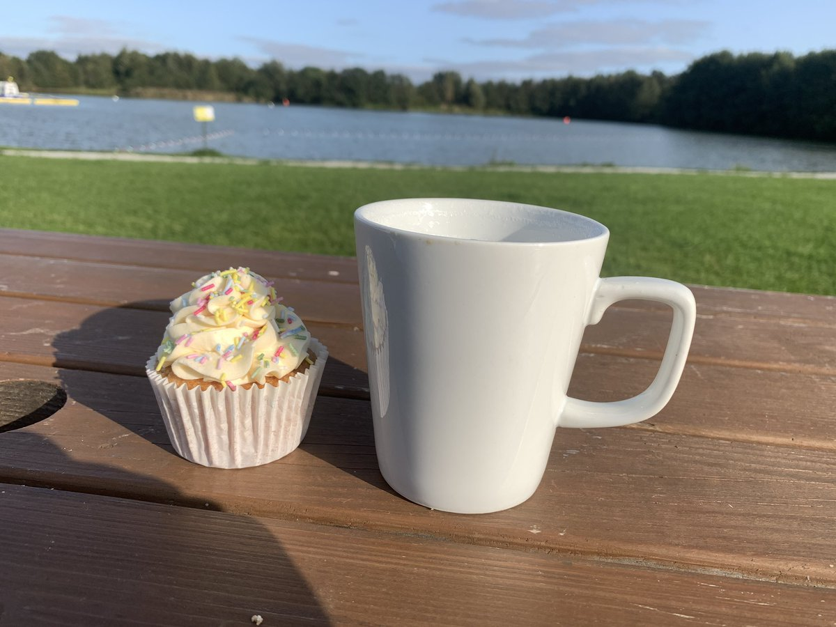 @TheLakelandPark for coffee and cake! #relax #Coffee #eastyorkshire https://t.co/R7MPvs7CjN