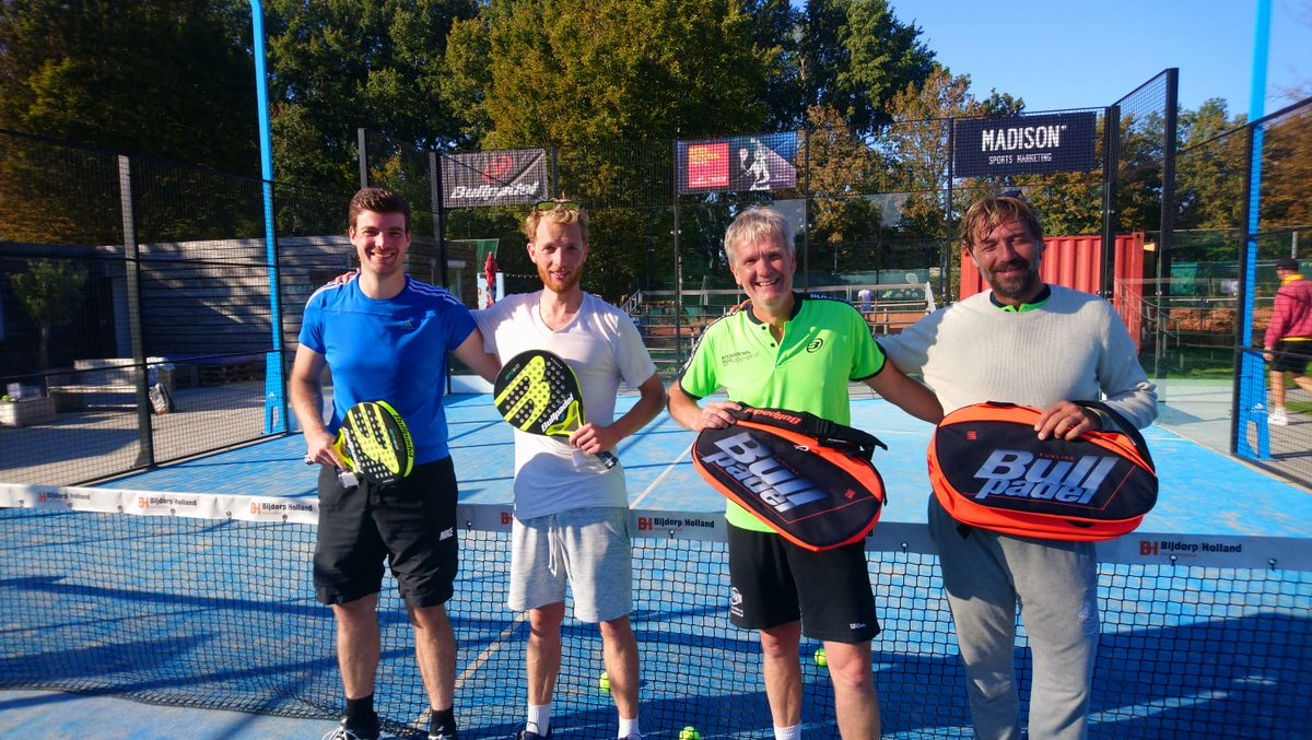 ¡Ámsterdam corona a sus campeones! 👑🎾  Nikander Damianos y Moos Sporken y Victoria Pascal Andreu y Nieves Ros Soto se llevan el billete para el Máster Final 🏆 https://t.co/jzfrTbju33…  @bullpadelsport #IPE2020AmsterdamOpen #circuito #pádel #amateur #amsterdam #netherlands https://t.co/ZJ3lkOe9qi