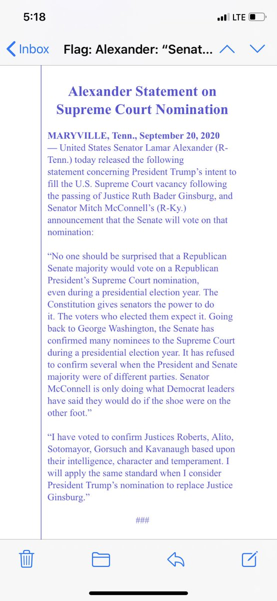 """#Ginsburg NEW: Statement from  @SenAlexander """"Senator McConnell is only doing what Democrat leaders have said they would do if the shoe were on the other foot."""" @alanhe @CBSNews https://t.co/ygl16c89Lb"""