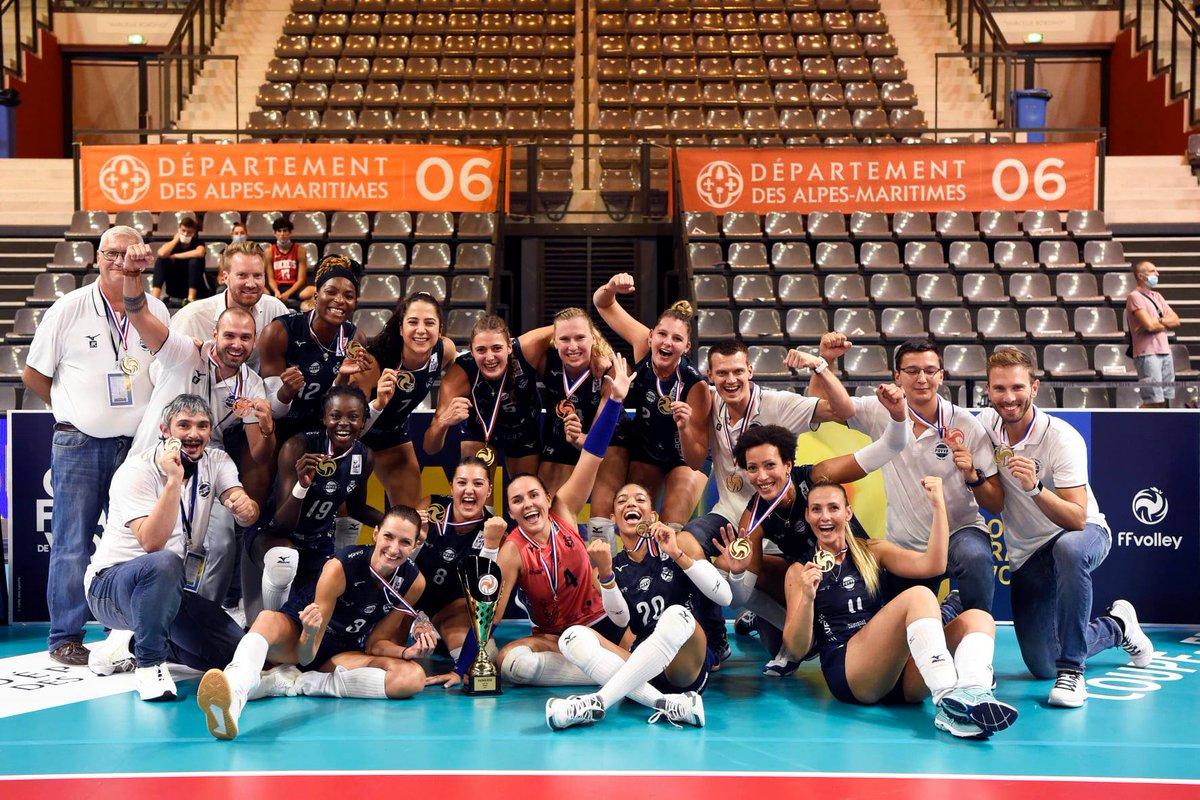 Coppa di Francia F.: Venelles campione come nel 2017. Subito un trofeo al debutto per Orefice https://t.co/kHpkcKgIeD #Volleyballit #pallavolo #volleyball https://t.co/mrrlNMDw7F