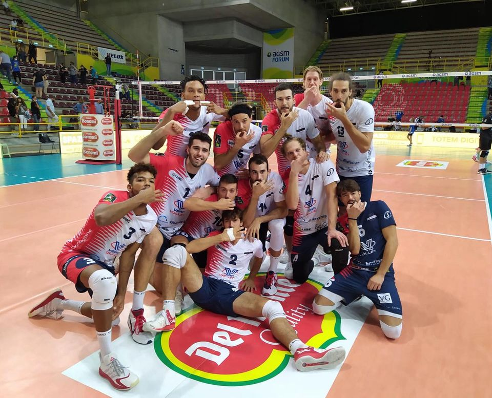 .@BluVolleyVr and Piacenza disappoint once again in the Italian Cup, @VeroVolleyMonza and @PowervolleyMI perfect   https://t.co/FBv6gmB8hH  #volleyball #coppaitalia #pallavolo #volley https://t.co/0iCLzFGgVB