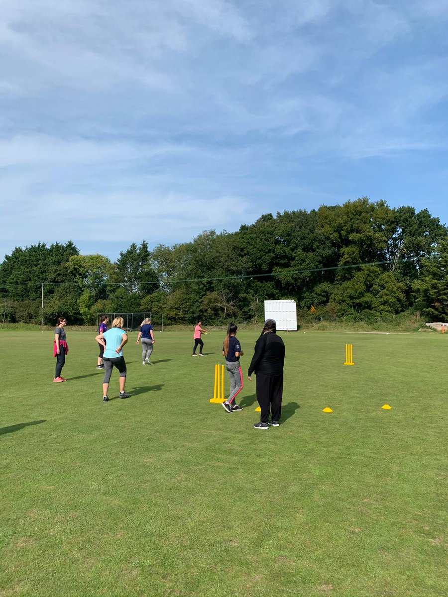 test Twitter Media - We had a fantastic day yesterday at Coalpit Heath & Frampton-on-Severn Cricket Clubs delivering Storm Champions Courses to 2️⃣4️⃣ enthusiastic women😃  Great also to continue our work with Western Storm to grow the number of female volunteers in cricket👍🏼  #WomensCricketMonth https://t.co/baqYsHU7w4