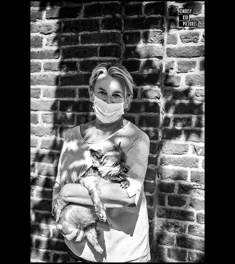 #Belgium 1Lady & her dog #covid19 #dogportrait #streetleaks #bnwphotography #wearethestreet #visualsoflife #bw_lover #photooftheday #storyofthestreet #streetphoto #streetphotography #streetclassics #zonestreet #challengerstreets #nonstopstreet #ShotOnMoment #dailyphoto #ig_street https://t.co/BwByYe2Yi6