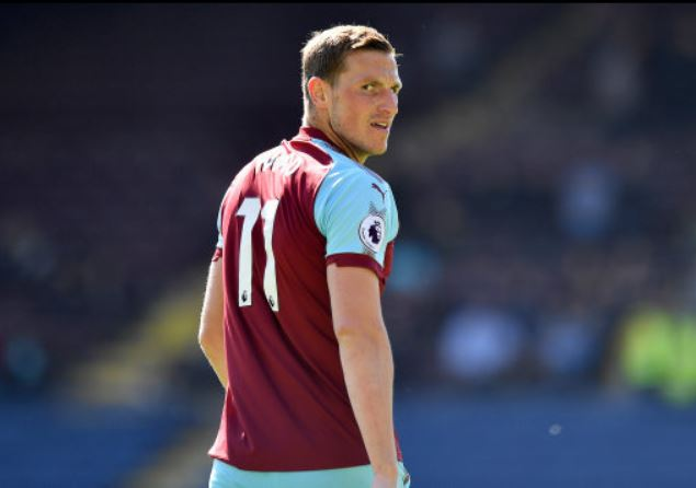 ⚽ G-O-A-L  Chris Wood with a well-taken goal to give Burnley the lead within 10 minutes.  0-1  #LEIBUR https://t.co/9H0G39uuaL
