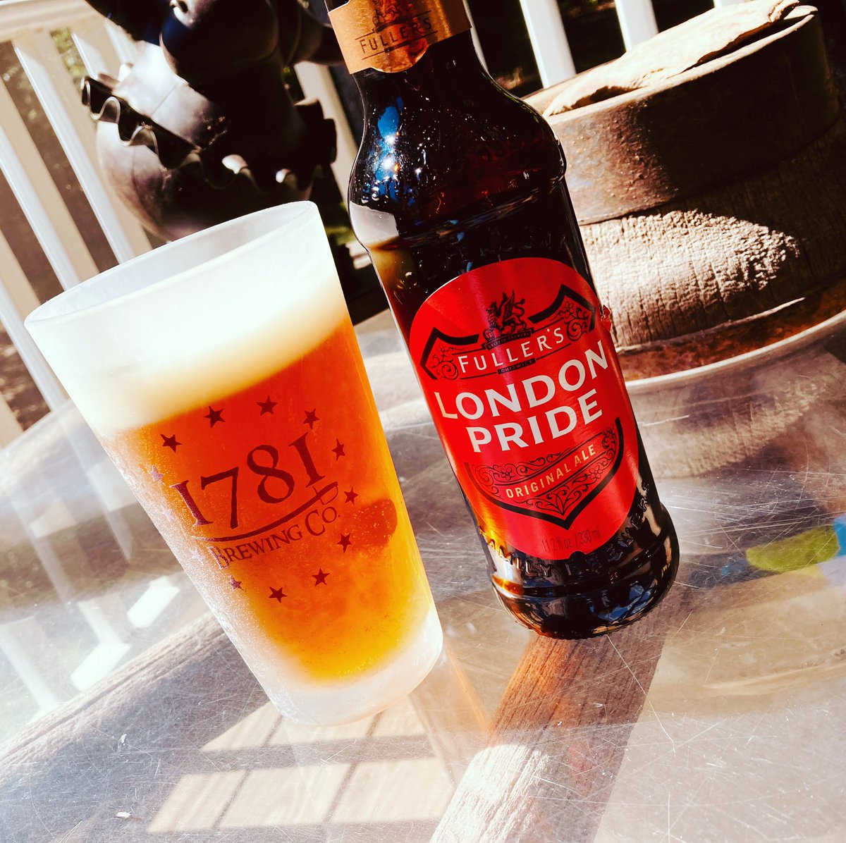 Since I can't visit the UK anytime soon, I'll have to pretend from my porch #missingtravel #londonpride #london @Fullers https://t.co/zsKAO36euC