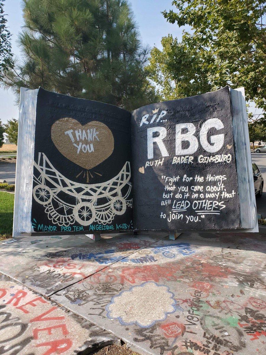 Seen in Natomas: A tribute to RBG. https://t.co/innuZaz9yS