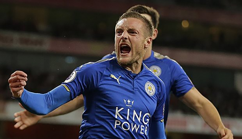 H/T ⚽ | Leicester 1 Burnley 1  Jamie Vardy now 7/4 to score in the second half with #FredsPushes  Get this and other HT Boosts here 👇 https://t.co/8Y3dHEJ28I  🔞 18+ Only. Please Gamble Responsibly.  #LEIBUR https://t.co/sZEIRyNutr