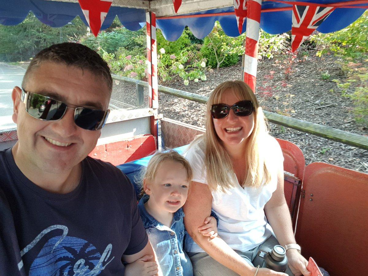 #familydays #thebestdays #luckyman 😍😍 https://t.co/9IBttbhpfs