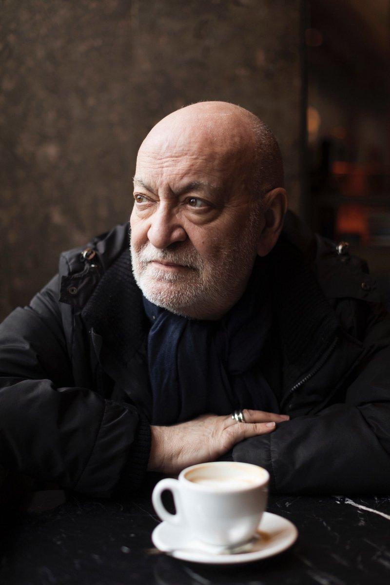 Fallece el director, escenógrafo, diseñador de vestuario y actor Gerardo Vera a los 73 años. Descansa en paz. https://t.co/qBPWRejOeM