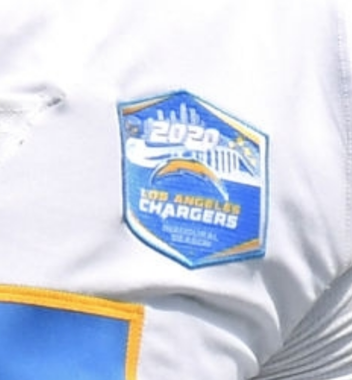 Didn't see anything about this in advance (if I missed it, mea culpa), but the Chargers are wearing an inaugural-season patch for SoFi stadium today.  Interestingly, the Rams — who share this stadium with the Chargers — didn't wear a similar patch for their home opener last week. https://t.co/YTXjMmsmwO