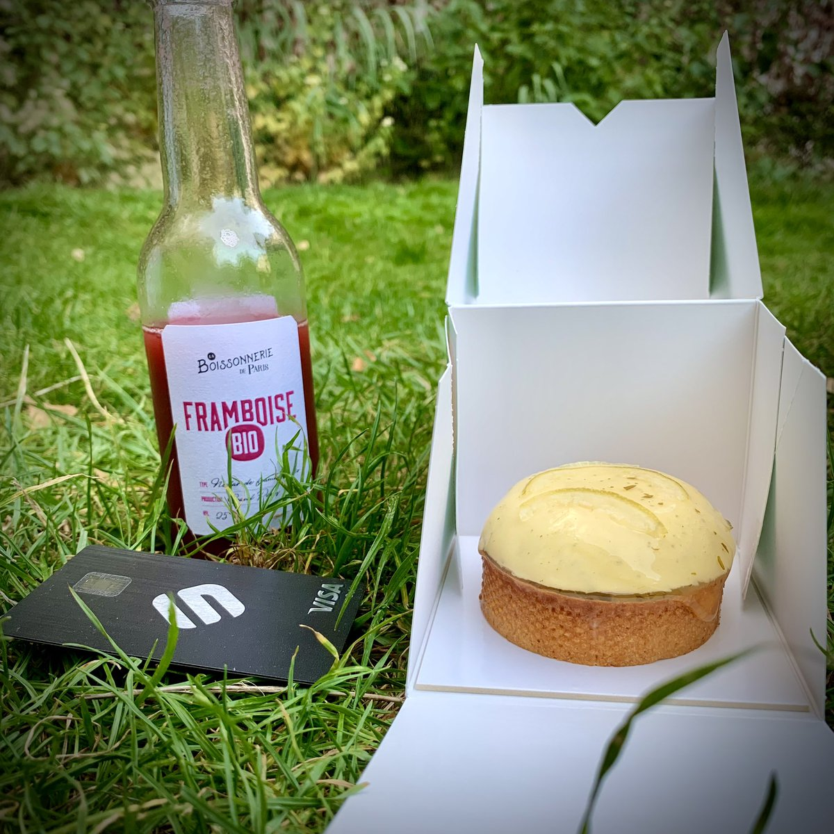 I just had a great lemon pie from @YannCouvreur in a Paris park. Beautiful sunday ☀️   @JLSwipe @SwipeWallet #GotSwipe https://t.co/3eukVps6Sd