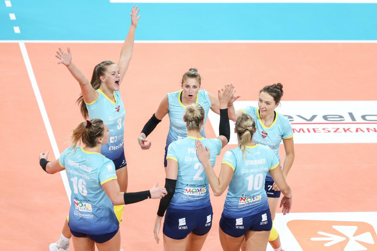 Polonia F.: Il Developres SkyRes Rzeszow fatica, ma porta a casa i tre punti https://t.co/TPqKnSl4RD #Volleyballit #pallavolo #volleyball https://t.co/YUa2R5i1ZF