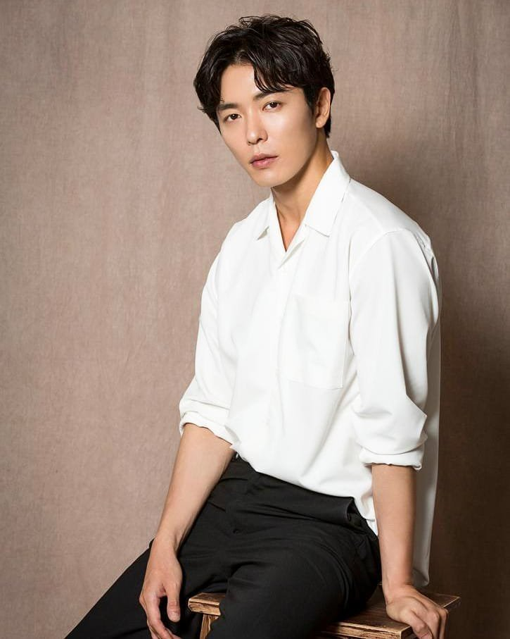@KdramaSmoothie Where is Kim Jae-wook? (My first - Coffee prince) https://t.co/CtxEu70bEF