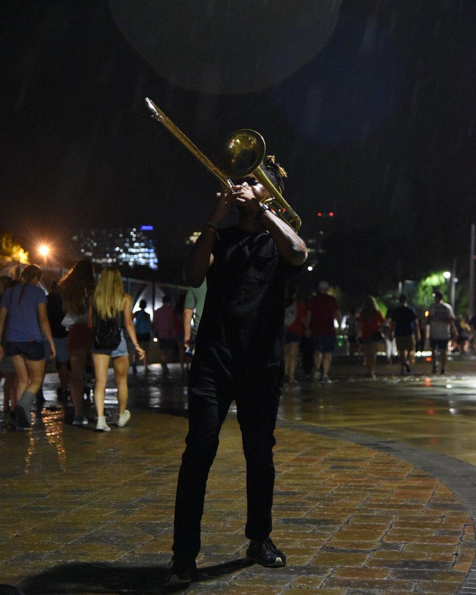 Midnight Reign Dance! Support My Content & Cash app $2 TO $TRAPBONEBANDIT ✌🏿 . . . #trombone #trapbone #Atlanta #bandhead #marchngband #hbcu #trapmusic #art #battleofthebands #crankup #music #livemusic #brass #viral #explorepage #practice #traveler #radical #blm #newmusic #l https://t.co/90sN9QdN8J