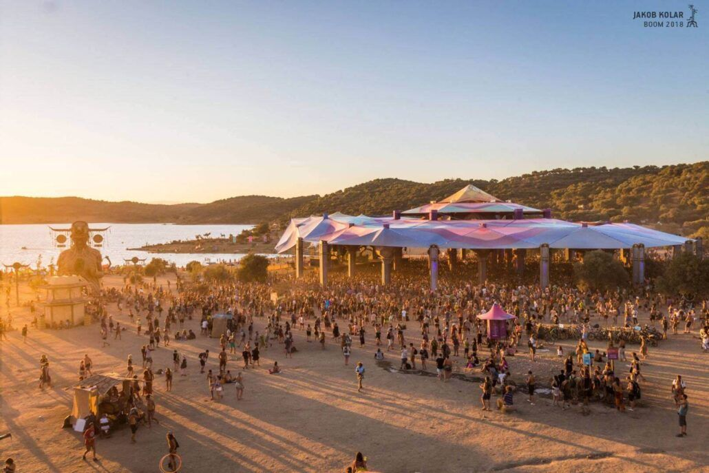 Looks like #festivals are making a comeback! Here are the best #musicfestivals #psytrancefestivals #psytranceparties we suggest you attend! #2021 #bucketlist https://t.co/4pTkAon7bK https://t.co/EH5AUmRRvq