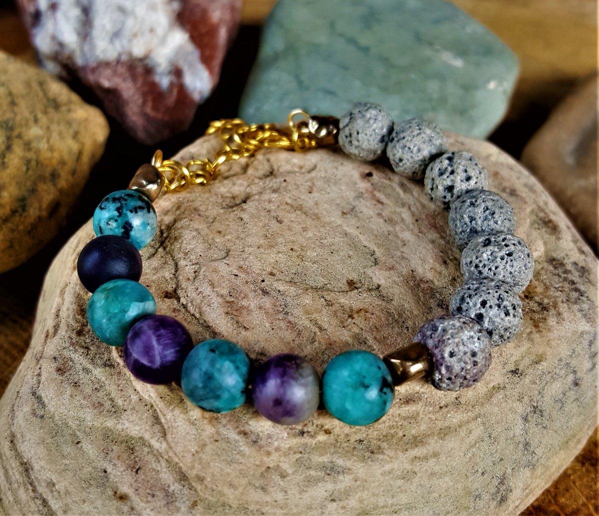 NATURAL AQUA BLUE JADE / AMETHYST/ LAVA ROCK GEMSTONE BEADED BRACELET https://t.co/SUdi473Ycr #jewelryforsale #Gemstone  #Healing #handmadegifts  #gemstonebracelets #Chakra #jewelryaddict #essentialoils  #fashion #giftsforher #giftshop https://t.co/N2AgmnknNs