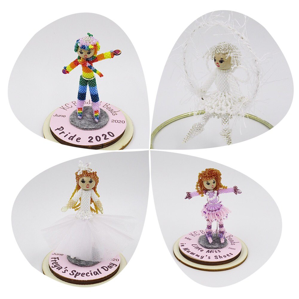 These Beady Peeps are smaller than the cake toppers and come complete with their own little display dome. A Perfect Collectable Gift Idea. Each one handbeaded by me.   #LincsConnect #LincsArtCraftHour https://t.co/DDB9rFXLxR https://t.co/vm5P79IH2t