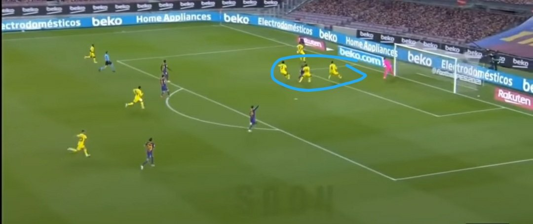 An analysis on #Griezmann against Villarreal yesterday. Most #Barca fans will bash him because he didn't score or assist but he did some very important things yesterday. Here's how: Look at his positioning for Barca's and Fati's 1st and 2nd goal. In the box, occupying and https://t.co/R2hLyfxRSF