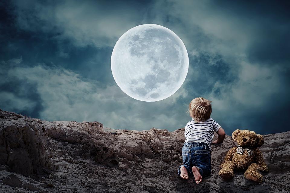 ☀️Tu aimerais transmettre d'autres cultures à tes #enfants? Voici un conte #arabe qu'ils vont adorer : Les larmes sur la lune 😍 >> https://t.co/rxKjouqVcH #danseorientale #culture #maman https://t.co/4jJpSx9NiJ