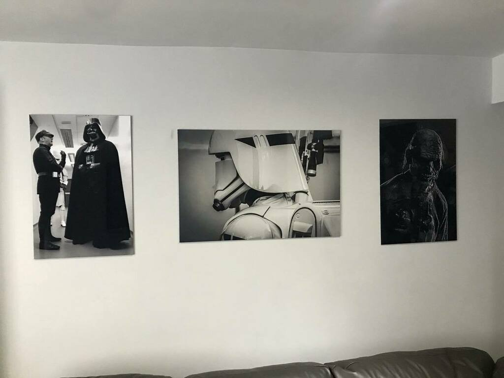 Just competing my B&W wall of narcissism   #pictures #art #b&w #blackandwhite #wallart #vader #firstordersnowtrooper #starwars #zombie #tarquinthezombie #cosplay #cosplayer #cosplaying #cosplayersofinstagram https://t.co/kTcHTZt3Vq https://t.co/Y98et192bD