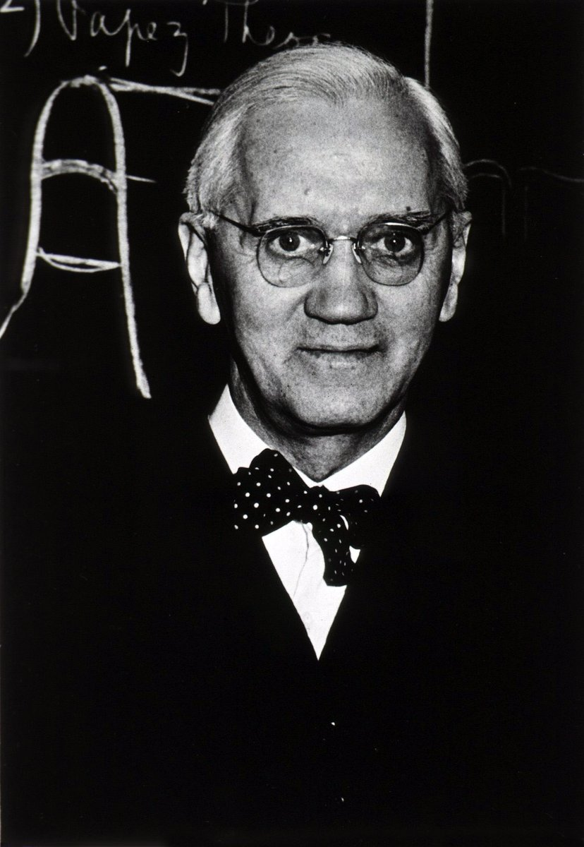 RT @HistoryHit: #OnThisDay in 1928, Alexander Fleming discovered penicillin accidentally when he was studying influenza. Two years later, in 1930, the first recorded cure with penicillin occurred when Cecil Paine used it to cure eye infections. Penicilli… https://t.co/DVEYhd7Rov