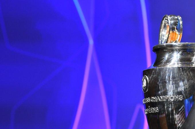 🗓️ 今週のスケジュール 🤩  🔹 火曜日:プレーオフ2ndレグ 🔹 水曜日:プレーオフ2ndレグ 🔹 木曜日:グループステージ抽選会 🔹 木曜日:#UEFAawards 受賞者発表  #UCL https://t.co/rsRuUecsFK