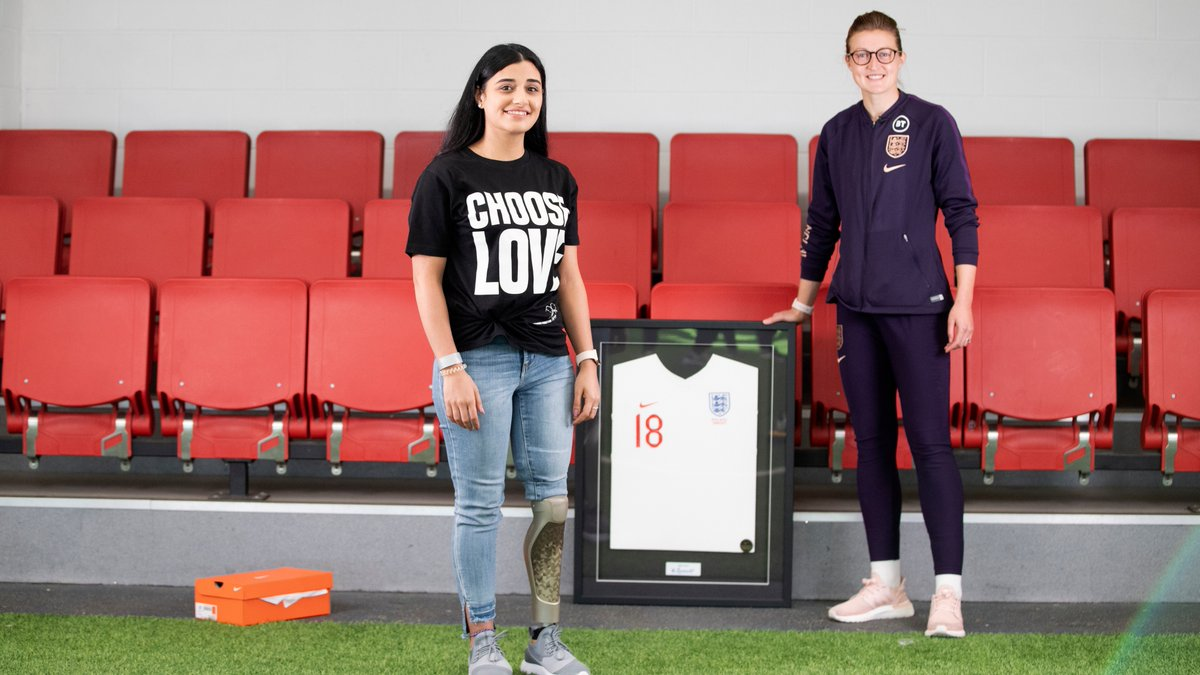 A truly humbling story.   Watch @ellsbells89 meet @dima_aktaa, our tenth member of #Lionhearts.    Welcome to the squad, Dema! 🥳