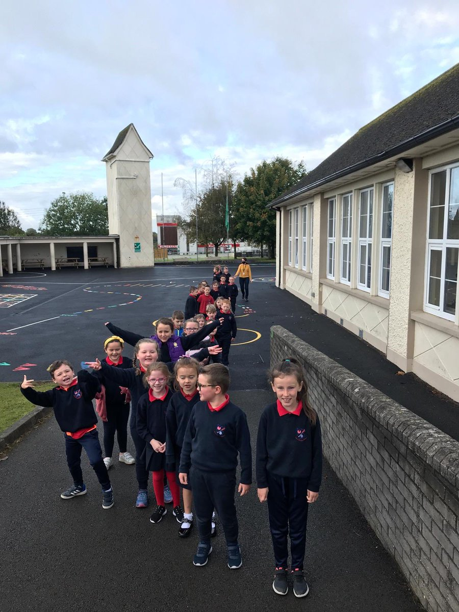 First Class making the most of the dry weather this morning, getting out to use our school #walkway for #BeActive Week😊 @ActiveFlag https://t.co/yfHs1TSVxZ