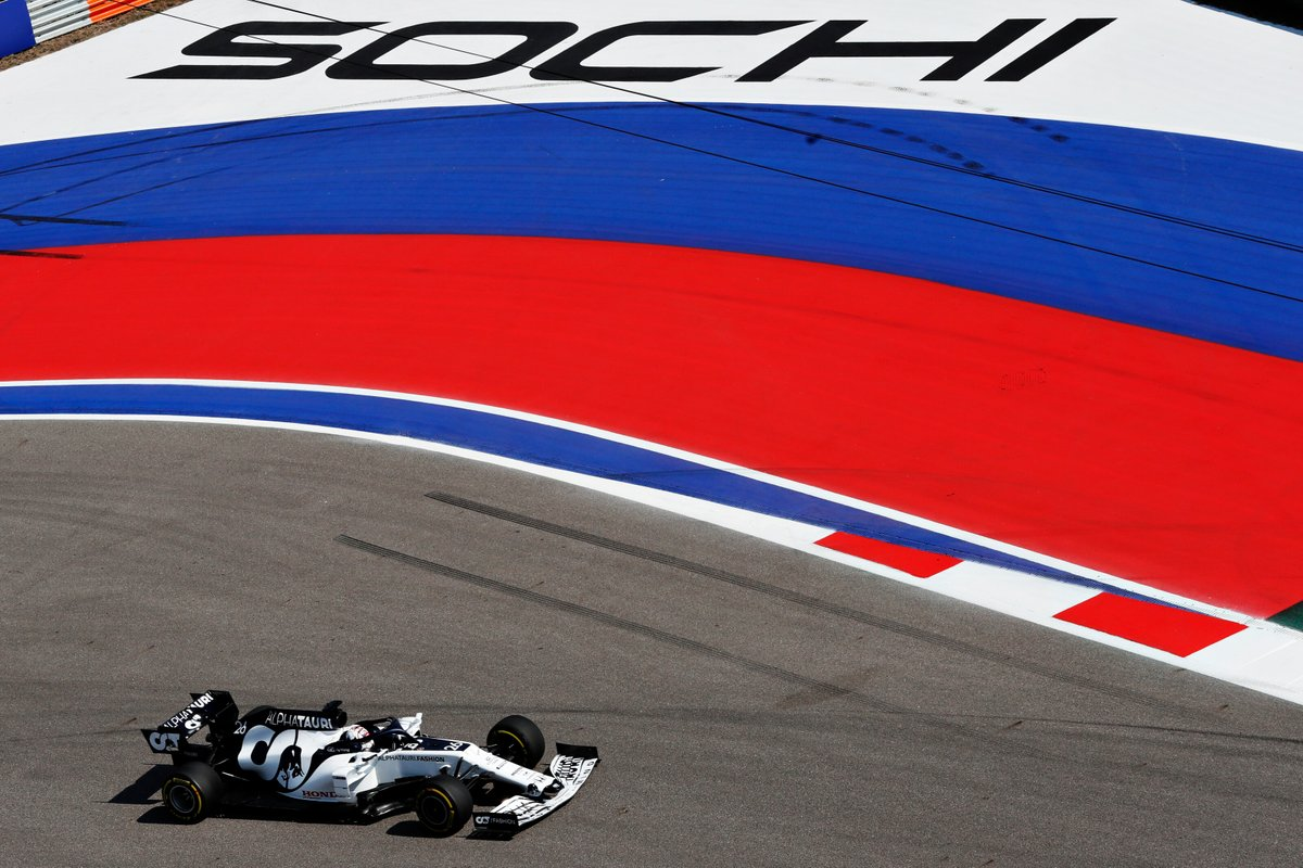 🇷🇺 #RussianGP Best shots 📸  Hi-res Gallery 👉 https://t.co/holBFKu6NZ https://t.co/kNgQVcMTcK
