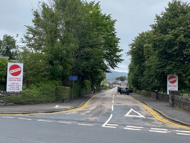 Temporary parking restrictions introduced in Luss earlier this year to ease traffic congestion through the Loch Lomondside village could be made permanent. More here: helensburghadvertiser.co.uk/news/18753058.…