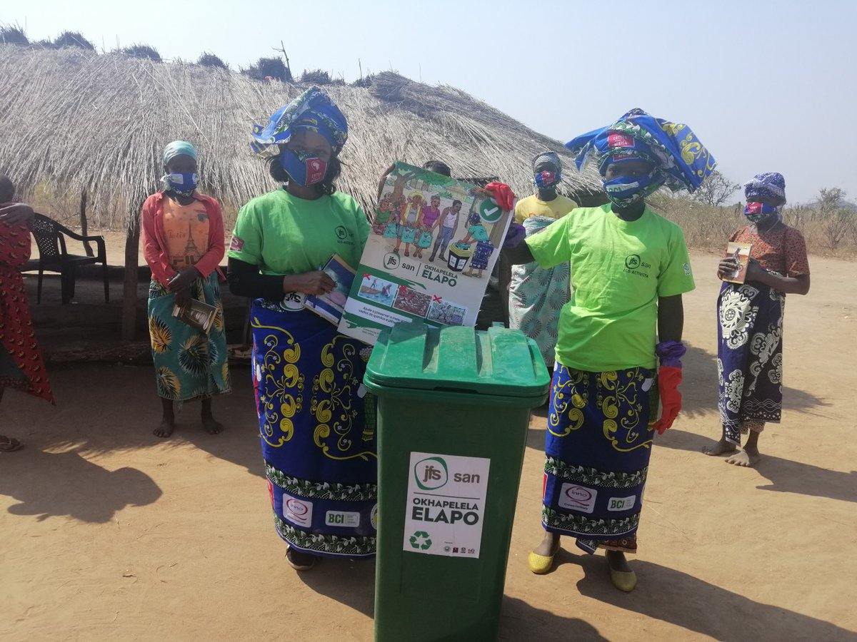 Great news - our partner ALDI supports a #recycling project in Mozambique. Old containers are collected and recycled; income from sales benefits the ecoactivits, mostly cotton farmers. ➡️   #reuse #upcycle #sustainable