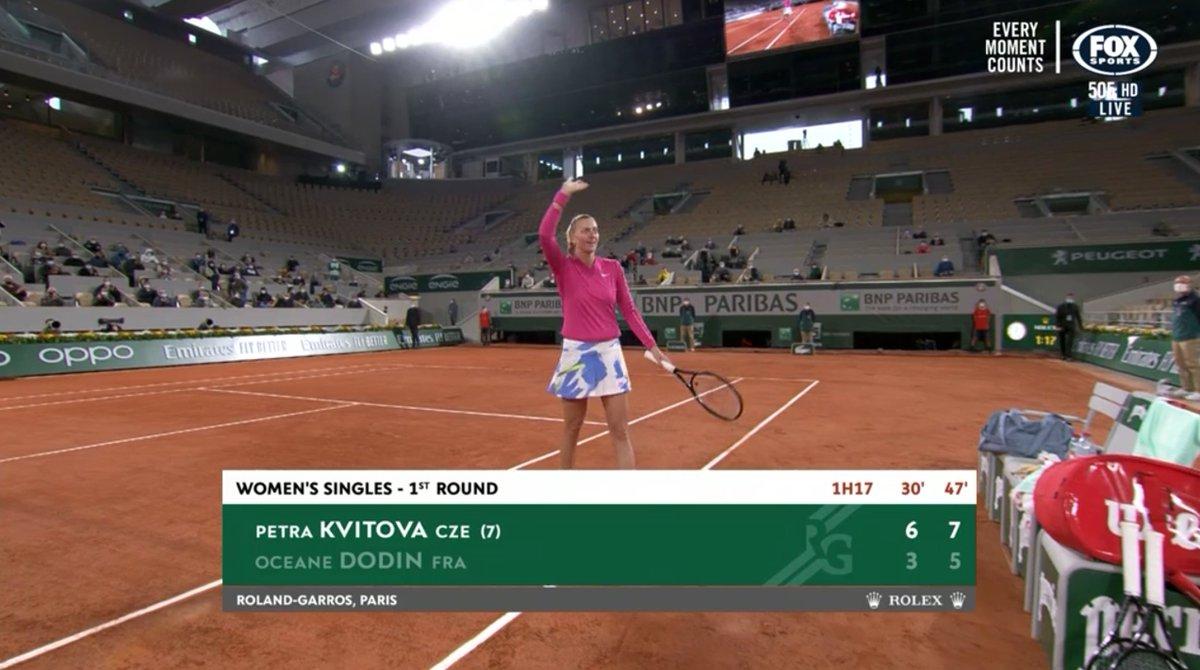 Petra Kvitova in her 6-3 7-5 win vs Oceane Dodin:   🔹 8 aces 🔹 86% first serve win 🔹 61% second serve win 🔹 29 winners  🔹 14 unforced errors  Tidy match.   #RolandGarros https://t.co/RpY17J0zL8