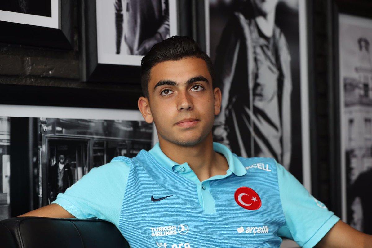 🇹🇷 Türkiye 19 yaş altı milli futbol takımı  ☎️ Biberoğlu is opgeroepen door de Turkse voetbalbond.  ➡️ https://t.co/2fNiWBDJfs  #AZJeugd #JongAZ https://t.co/3bzkLyZKYz