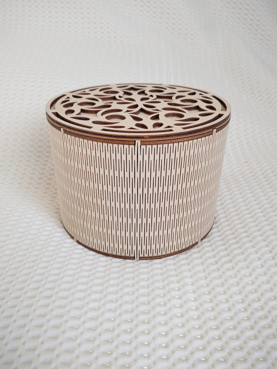 Excited to share the latest addition to my #etsy shop: Round gift Box svg dxf template files for laser cut. Circle box with lid vector laser model, laser vector template, laser pattern files. https://t.co/NdtVGzaSS9 #birthday #christmas #beading #floral #yes #lasercut https://t.co/uiBpF4SA0h