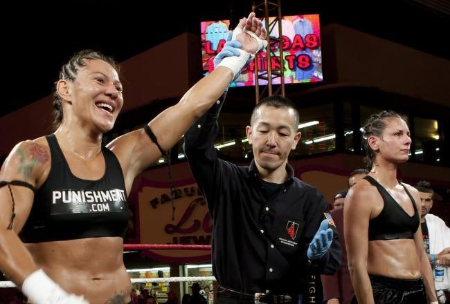 Sep20.2013  Cris Cyborg makes her return to Muay Thai competition,  when she finishes Jennifer Colomb by TKO https://t.co/0W0RXHMw0w