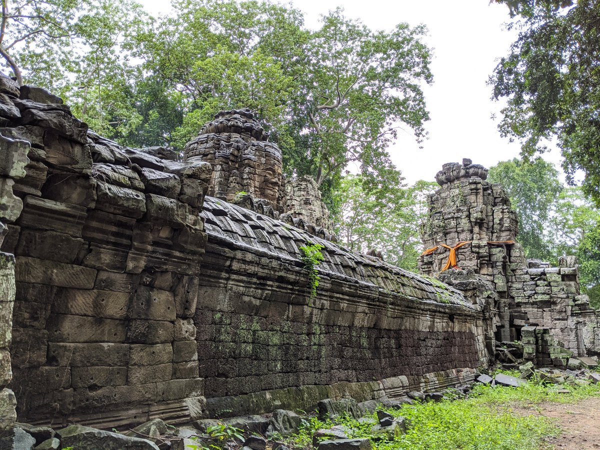 Have you been to Banteay Chhmar Temple, built during the Angkor era?  #Cambodia #Tourism #LetsGuide #travel https://t.co/JdtQOrLTx4