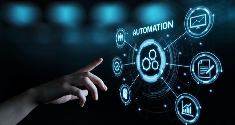 L' #automatisation marketing à l'ère #numérique  Atouts: augmenter le taux d'engagement et le taux de conversion, gagner du temps et réduire les coûts liés à tout le processus manuel   #marketing #TransfoNum #strategie #business @1min30   https://t.co/ycVZJnOYIb https://t.co/vd7rv4HhJP