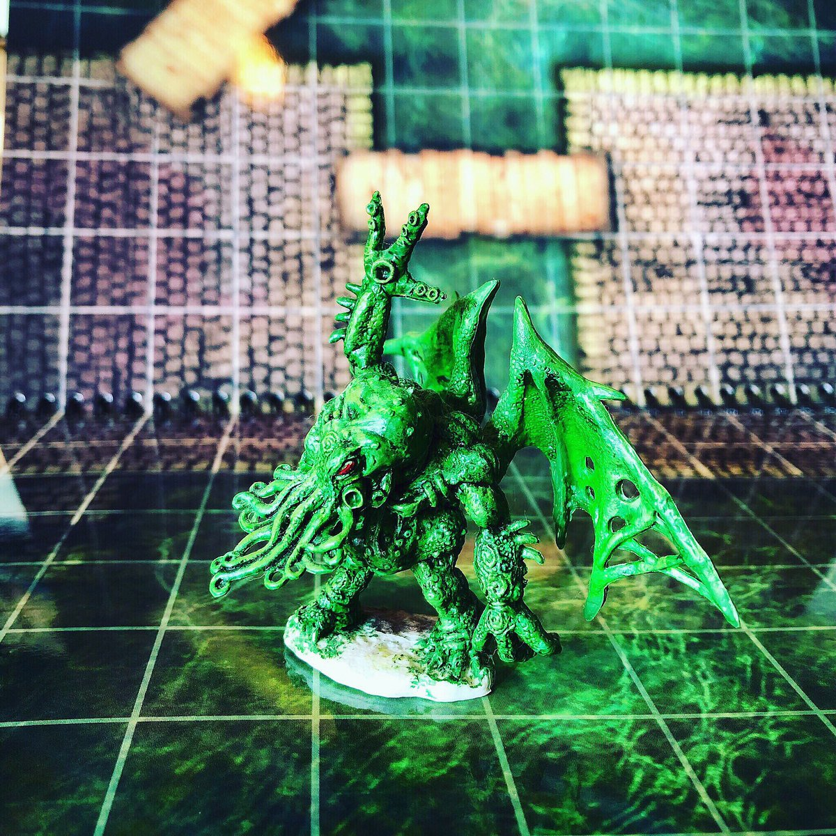 Hands up if you love sanity checks!! #rpg #ttrpg #lokebattlemats #battlemap #cthulhu #dnd #bigbookofbattlemats https://t.co/NSnUehaIlb