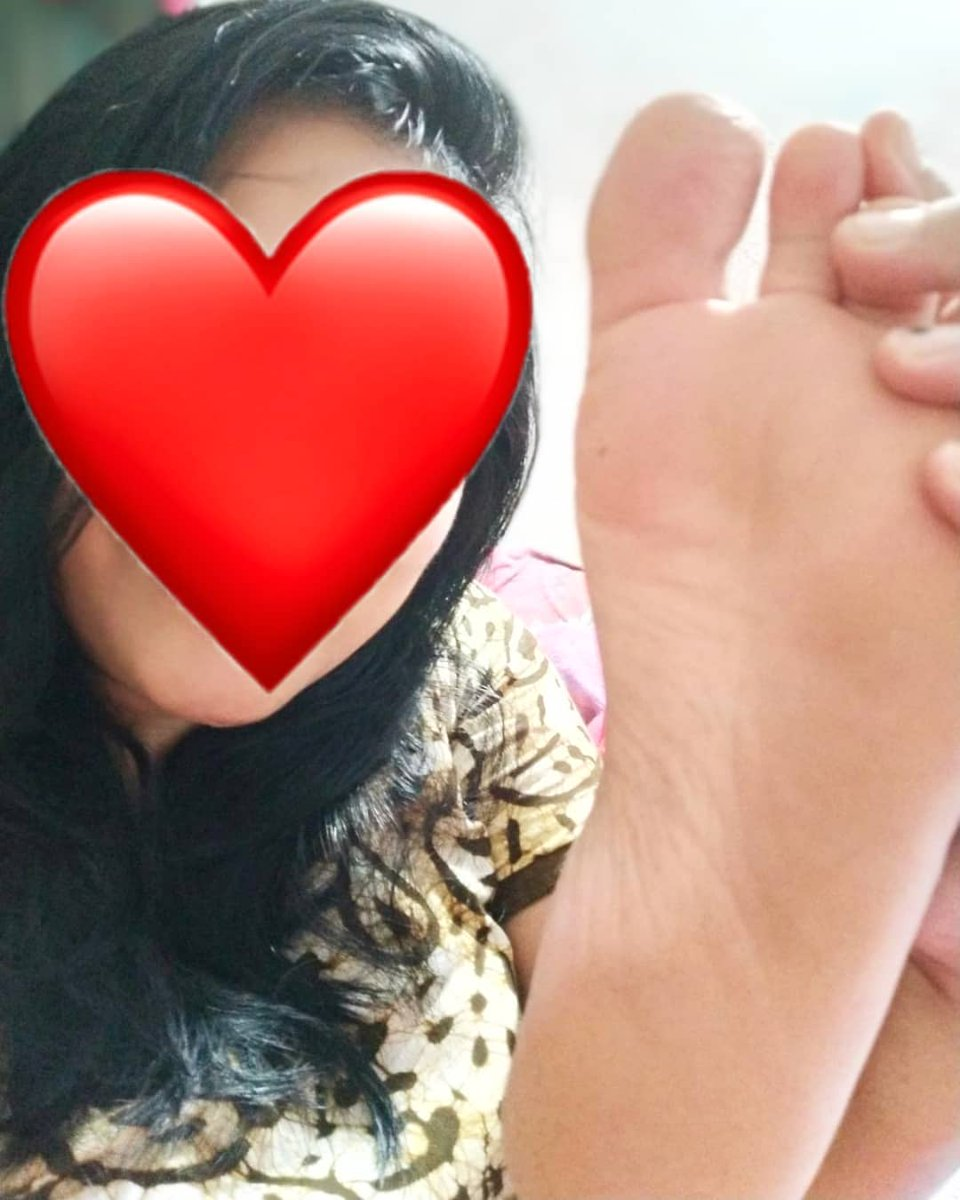 Gud morning All slave pig's dog's come booking session start Dm me Paypigs online session available now RT and DM me 💅👋🖕👠 #paypigs #feetcum #feetlicking #footpigs #fedom @FootParadiseRT @mistresspromote @rtpig0 @tonybobo3 @rt_feet @rtdoggyslave @promoslave @rtfindom https://t.co/wnJ59YCBmq