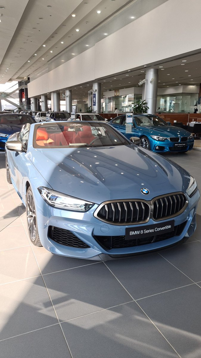 Temperatures dropping? Perfect time for a convertible 🏖️  #bmwagmc #bmw8seriesconvertible #uae https://t.co/Xh8vFwQ41Q
