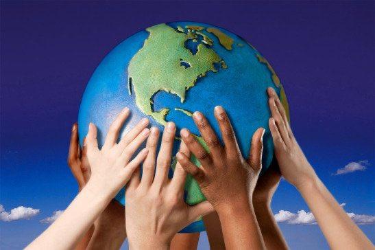 #JournéeinternationaledelaPaix ☮️🌍 Le Canada valorise la paix et investit dans de nombreuses initiatives internationales visant de consolidation de la paix, la stabilité et la sécurité. Pour en savoir plus sur certains de ses programmes, cliquez : https://t.co/29MltzjP7Z https://t.co/YVdHMyH8db