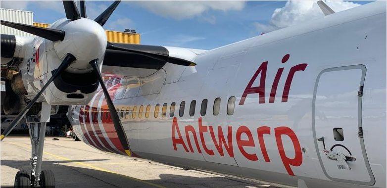 Met je hele bedrijf de Fokker in! Gewoon omdat het kan. De iconische F50 🇳🇱 van @airwerp 🇧🇪 is te huur, max 50 zitplaatsen. Boekingen via @Vizion_Air ✈️ Ze hebben ook een Saab 340 #avgeek #avgeeks #aviation #planespotting https://t.co/zqBaoH5LK6