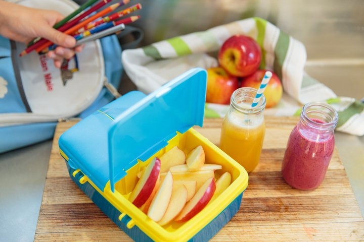 The perfect addition to any lunchbox! #apples #kidssnacks #snacksforkids #fruit #healthysnack #freshfruit #lunchbox #lunch https://t.co/RbMlly9pTm