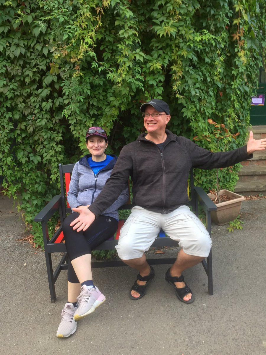 Very happy winners of our rainbow bench! 🌈❤️ #rowntreeparkrainbows #rainbow #benchlove #friendsofparks https://t.co/rkD05fuGW8